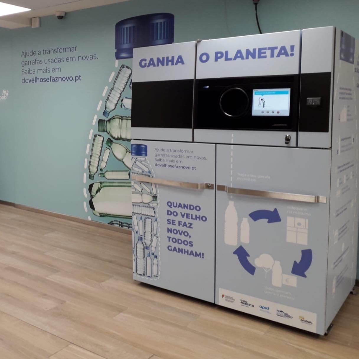 Mais de um milhão de embalagens de bebidas em plástico devolvidas em máquinas automáticas entre Março e Junho